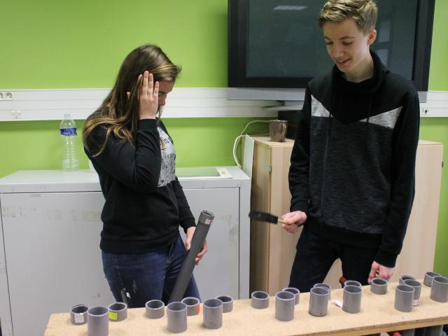 Atelier de construction de rimba tubes avec P. Blavette et J. Boudsocq - Farmer Fest - Le Temps Machine - 30.03.2018 [nid:8795]